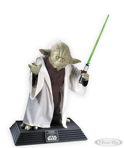 Star Wars Collector&acute;s Lifesize Yoda Statue
