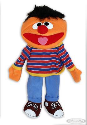 Sesamstrasse Plüschfigur Ernie Handspielpuppe   Kinderzimmer > Spielzeuge > Stofftiere