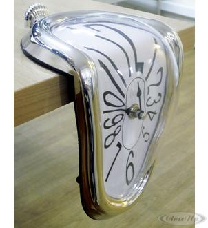 Shelve clock, Melting Clock