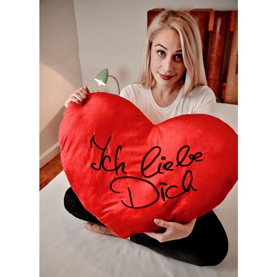 Kissen XXL Herz Ich liebe Dich Herz - Bettwäsche & Kissen jetzt im ...