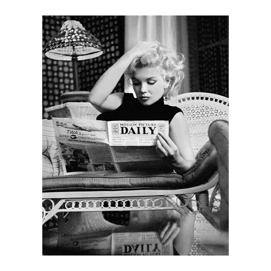 Marilyn Monroe Kunstdruck Motion Picture Daily b/w Foto ...